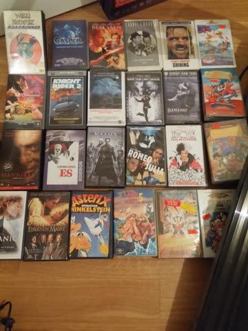 Diverse VHS Kassetten.