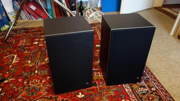 2 Musikboxen (Guter Zustand)