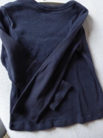 """t-shirt """"Benetton"""" dunkelbau, langarm mit Strass, Gr. 90"""