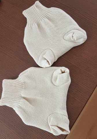 2 Hosen/Windeln aus 100% Schurwolle