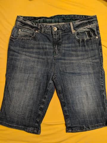 Tom Tailor Jeans 3/4 Shorts (Size US 31/12 EU 42)