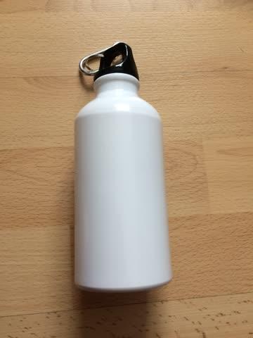 Trinkflasche 400 ml / 4 dl Neu und ungebraucht
