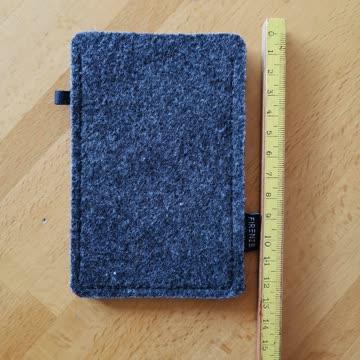 Hülle aus Filz, wenig gebraucht, grau für iPod