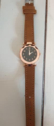 Neue ungetragene Modeschmuck Uhr