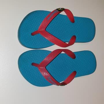 Nur einmal getragene orginal Sandalen