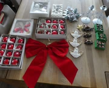 Ein Posten Weihnachtsdeko