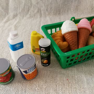Kaufsladen-Zubehör Früchte und Gemüse etc.