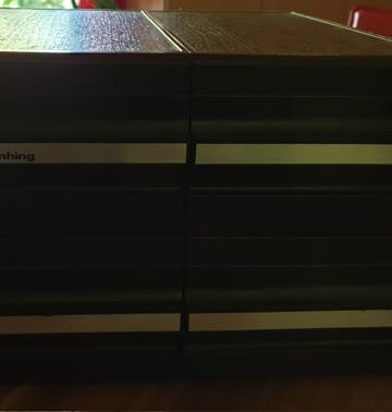 Schubladenbox für Musikkassetten