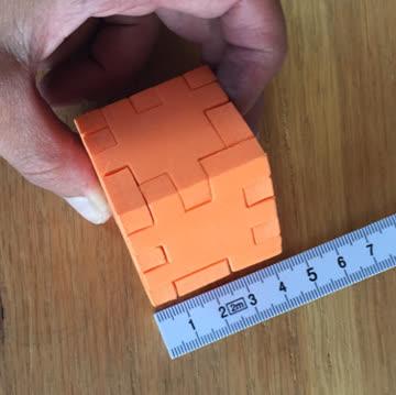 Happy Cube Orange