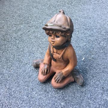 Keramik-Junge