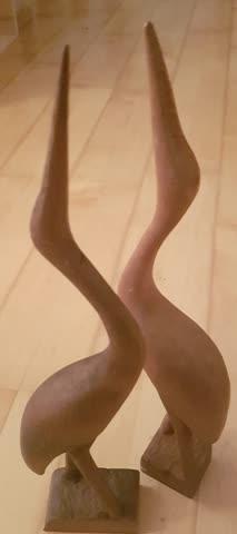 """2 dekorative """"Reiher"""" aus Holz"""