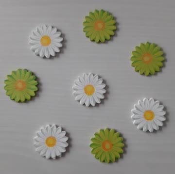 Acht Holz-Blumen