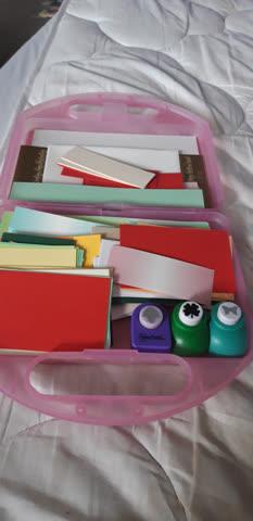 Papierset im Koffer mit 3 Stanzern
