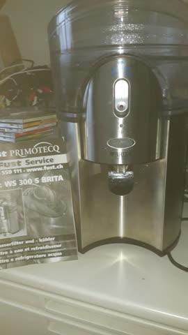 Britta Wasserfilter und Kühler