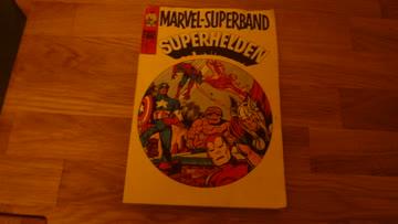 MARVEL-SAMMELBAND-SUPERHELDEN