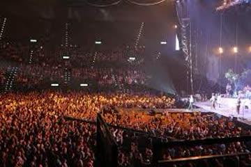 2 Stehplätze für Konzert 22.11.19 im Hallenstadion