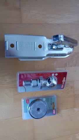 Anhängerkupplung inkl. Auflageknopf & 2 Reflektoren