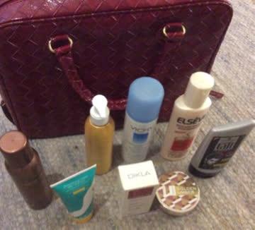 Grosses Kosmetikpaket