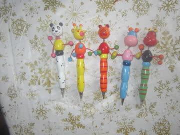 fünf kugelschreiber