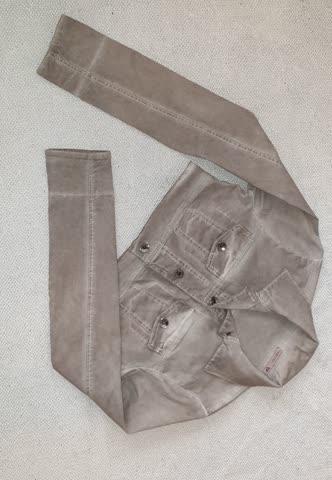 Süsse Neuwertige kurze Jacke gr S