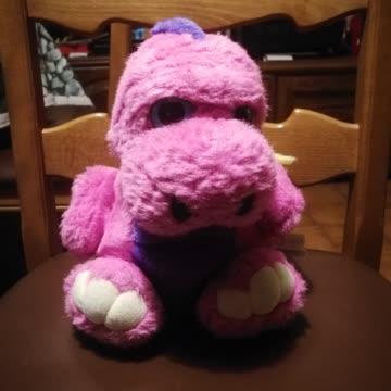 Pinker Dino