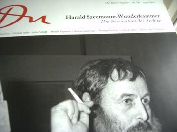 DU: Harald Szeemanns Wunderkammer