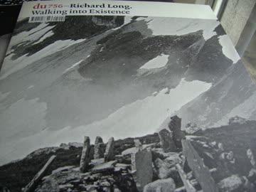 DU : Richard LONG - Walking into existence