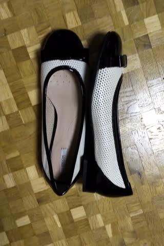 Raffinierte Schuhe schwarz-crème Grösse 37