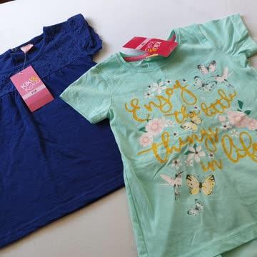 2 süsse Neue T Shirts gr 110 portofrei