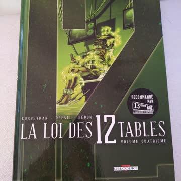 LA LOI DES 12 TABLES vol.4 delcourt