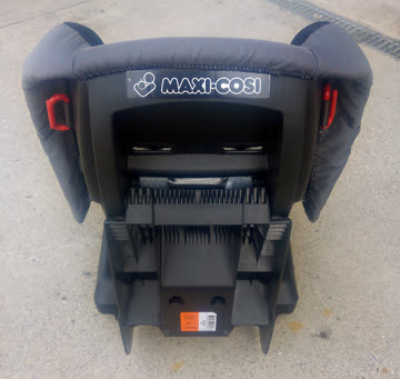 Maxi-Cosi ECE R44-04, 9-18 kg, 9 Monate bis 4 Jahre