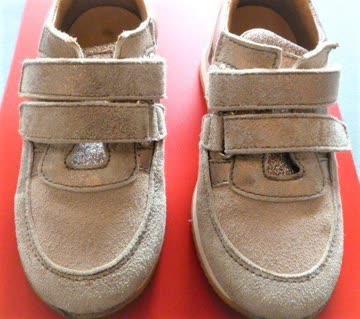 Mädchen Leder-Sneakers mit Klettverschluss NP Fr. 88.--