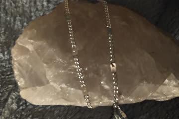 Hübsche, feine silbrige Kette, 45cm