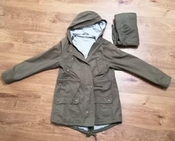 Jacke mit Babyeinsatz, Farbe kaki, kleine Gr 38