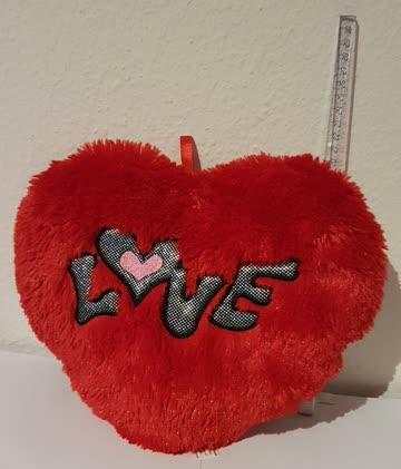 Plüsch Herz 20cm