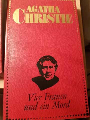 Agatha Christie Vier Frauen und ein Mord