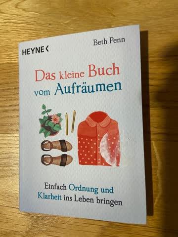 Das kleine Buch vom Aufräumen - Beth Penn