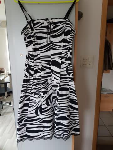 Kleid getigert