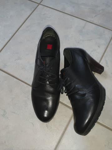 Schuh Leder schwarz