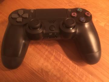 PS4 Controller neu und ungeöffnet