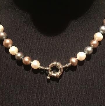 kurze Perlen-Kette
