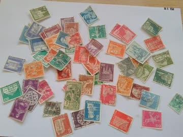 über 50 abgestempelte alte SchweizermarKen