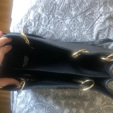 Handtasche gross mit Schulterriemen