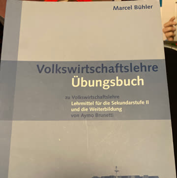 Volkswirtschaftslehre + Übungsbuch