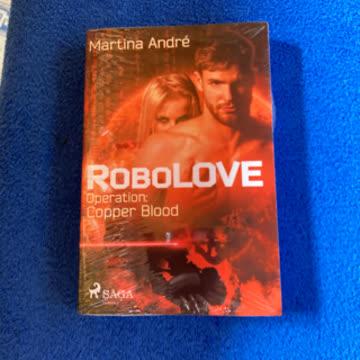 Martina André- Robolove Operation: Copper Blood