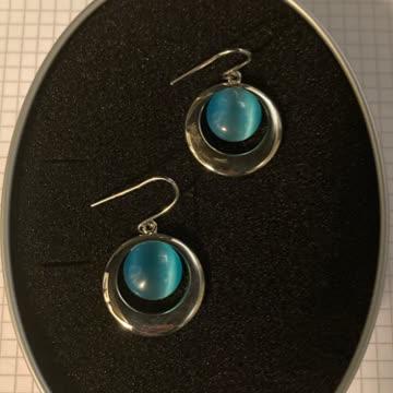 Blauschimmer Ohrringe
