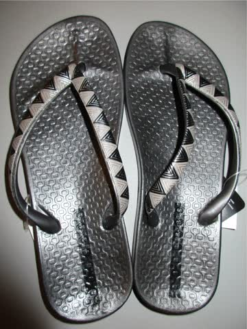 7 Paar schöne Ipanema Flip Flops Zehentrenner NEU