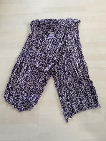 Damenschahl /Halstuch Leoparden muster Farbe Violett