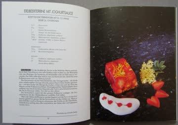 Rezeptbuch: Köstliche Desserts mit frischen Früchten