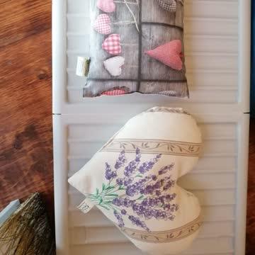 Zirbenkissen und Lavendelkissen